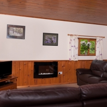 Lounge in Hardy Chalet