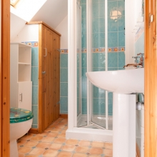 En-suite Shower room in Hardy Chalet