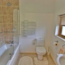 Melbury Chalet Bathroom